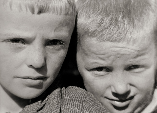 Raoul Hausmann (1886-1971) 'Enfants de la Frise [Children of Friesland]' Between 1927 and 1933