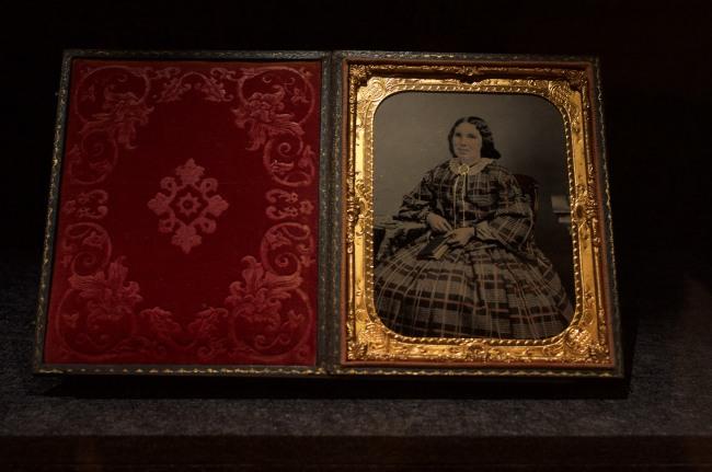 Thomas Glaister (England 1824 - United States 1904, Australia 1850s) 'No title (Seated woman)' c. 1858