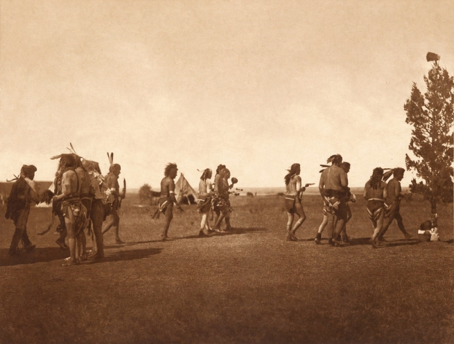 Edward S. Curtis (1868-1952) 'Arikara medicine ceremony - Dance of the fraternity' c. 1908