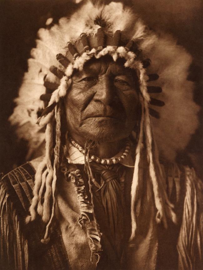 Edward S. Curtis (1868-1952) 'Sitting Bear - Arikara' c. 1908