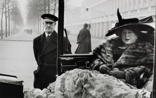 Inge Morath (1923-2002) 'Mrs Eveleigh Nash, The Mall, London, 1953' 1953