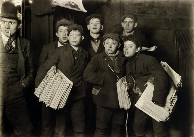 Lewis Hine (1874-1940) 'Newsies, New York' 1906