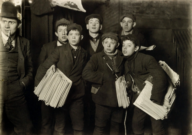 Lewis Hine (1874-1940) 'Newsies, New York' 1906