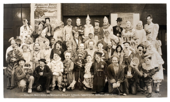 Edward Kelty (1888-1967) 'Ringling Brothers and Barnum & Bailey Circus - Greatest Show on Earth -' 1931