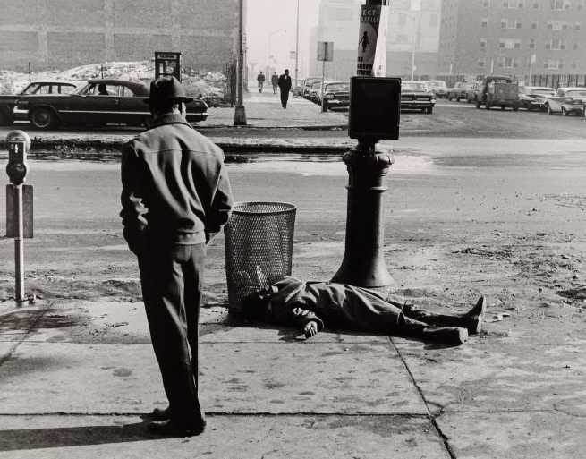 Thomas Hoepker (b. 1936) 'An Accident in Harlem, New York' 1963