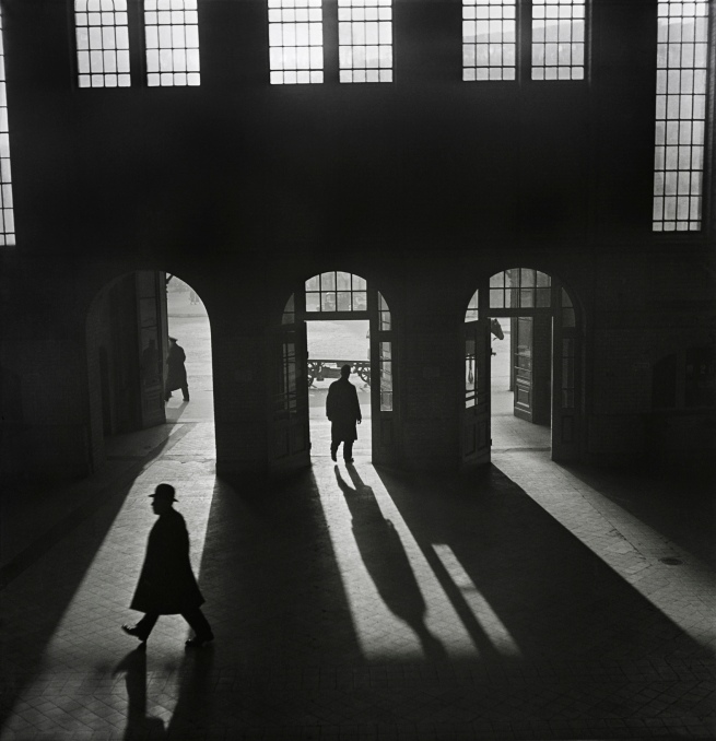 Roman Vishniac (1897-1990) 'Interior of the Anhalter Bahnhof railway terminus near Potsdamer Platz, Berlin' 1929-early 1930s