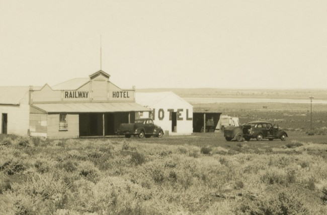 Anonymous photographer. 'Railway Hotel, Lake Austin township, Murchison region of Western Australia' c. 1950 (detail)
