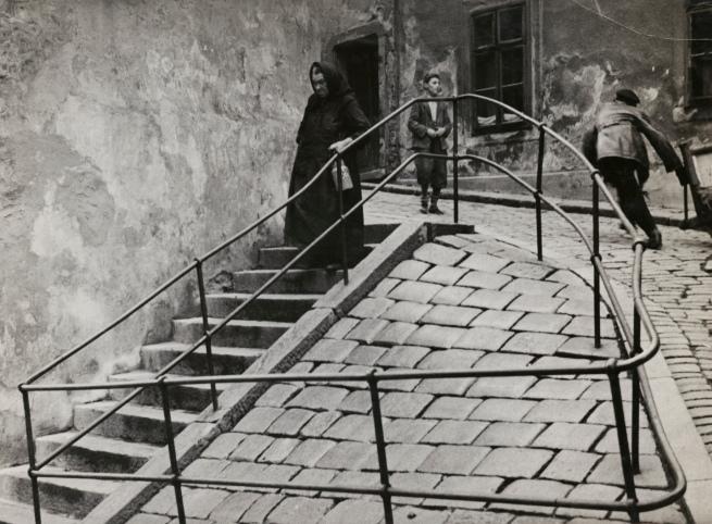 Roman Vishniac (1897-1990) 'Inside the Jewish quarter, Bratislava' c. 1935-38