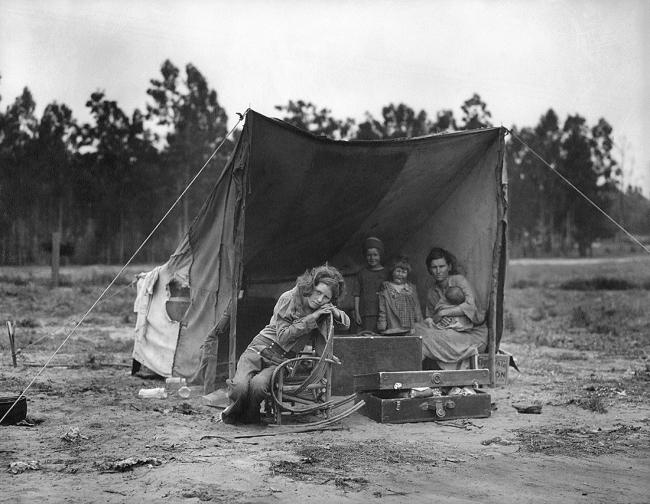 Dorothea Lange (1895-1966) 'Migrant Mother, Nipomo, California' 1936