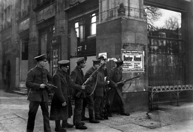 Otto Haeckel (1872-1945) and Georg Haeckel (1873-1942) 'Soldiers with weapons Unter den Linden, corner Charlottenstraße' November 1918