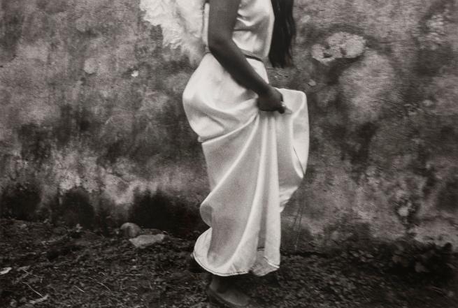 Graciela Iturbide (Mexican, b. 1942) 'Cayó del Cielo, Chalma, México' 1989