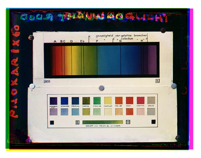 Bernard F. Eilers (1878-1951) 'Kleurenspectrum gefotografeerd bij daglicht' (Color spectrum photographed in daylight) 1934-04/1936