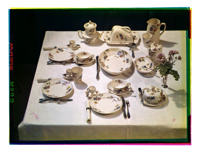 Bernard F. Eilers (1878-1951) 'Gedekte tafel met een ontbijtservies' (Set table with a breakfast set) c. 1935