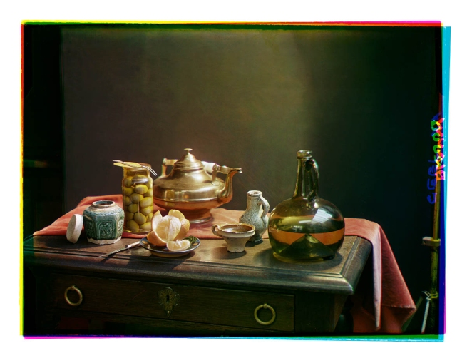 Bernard F. Eilers (1878-1951) 'Stilleven met een glazen fles en een koperen pot' (Still life with a glass bottle and a copper pot) 1934-04/1939-10