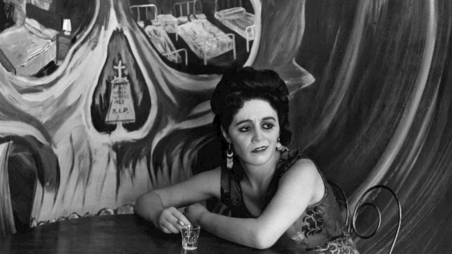 Graciela Iturbide (Mexican, b. 1942) 'Mexico City' 1969