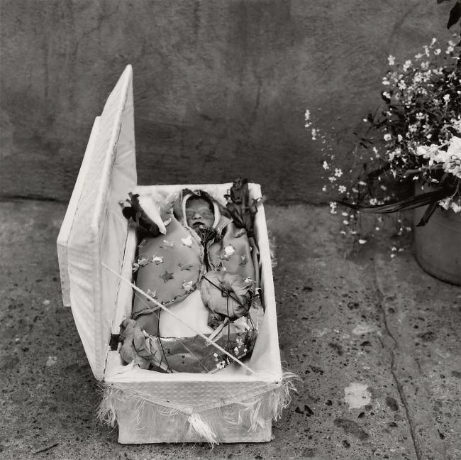 Graciela Iturbide (Mexican, b. 1942) 'Cementerio de Dolores Hidalgo, Guanajuato, México' 1978