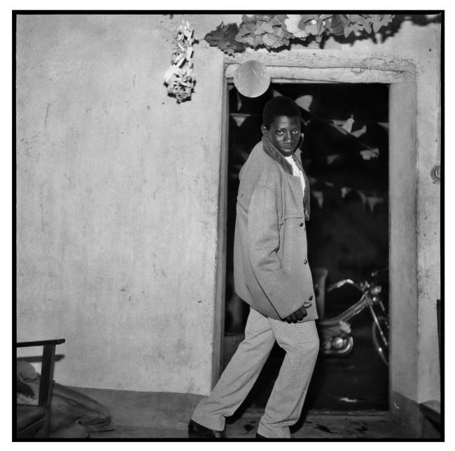 Sanlé Sory (West African, b. 1943) 'Laissez-moi entrer' 1967