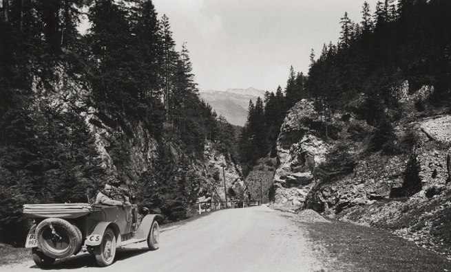Unknown photographer. 'Slovakia, Three Revuca highway between Veľký Šturec pass and village, opposite Čierny Kameň' 1935
