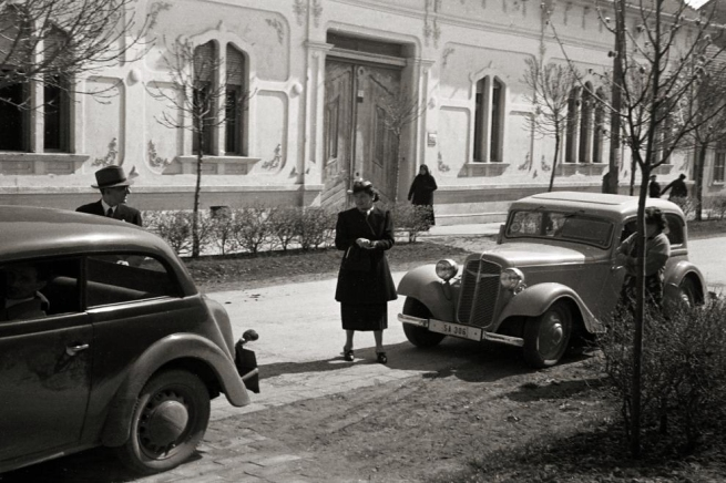 Unknown photographer. 'Hungary, Szentes St. Imre street, opposite number 5' 1936