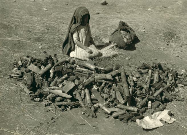 Manuel Álvarez Bravo. 'Niña con Leña' (Girl with Firewood) 1930s
