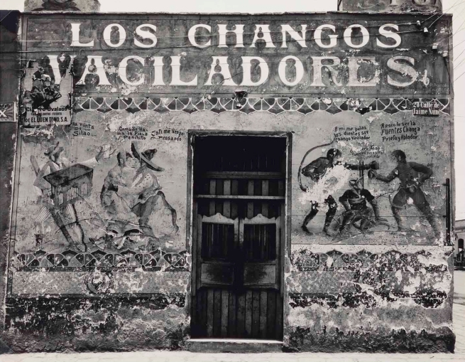 Edward Weston. 'Los Changos Vaciladores (Playful Monkeys), pulquería mural' 1926