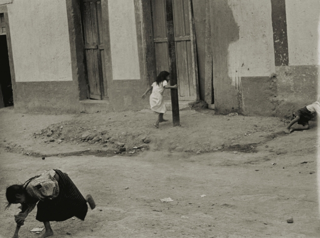 Helen Levitt. 'Mexico City' 1941