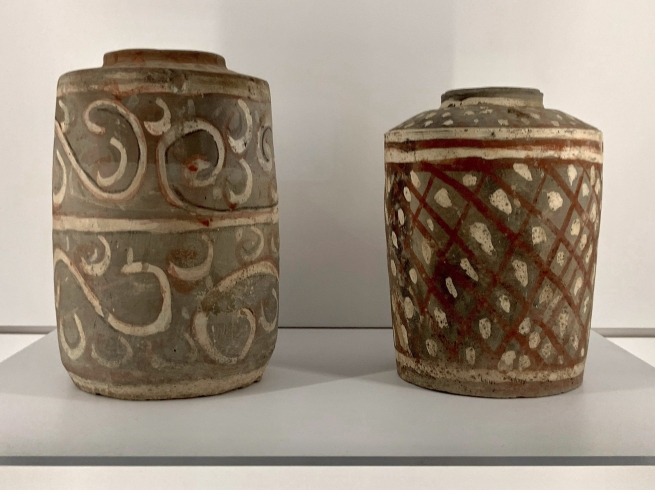 Lidded container, He (left) 彩绘陶盒 Han dynasty, 207 BCE - 220 CE