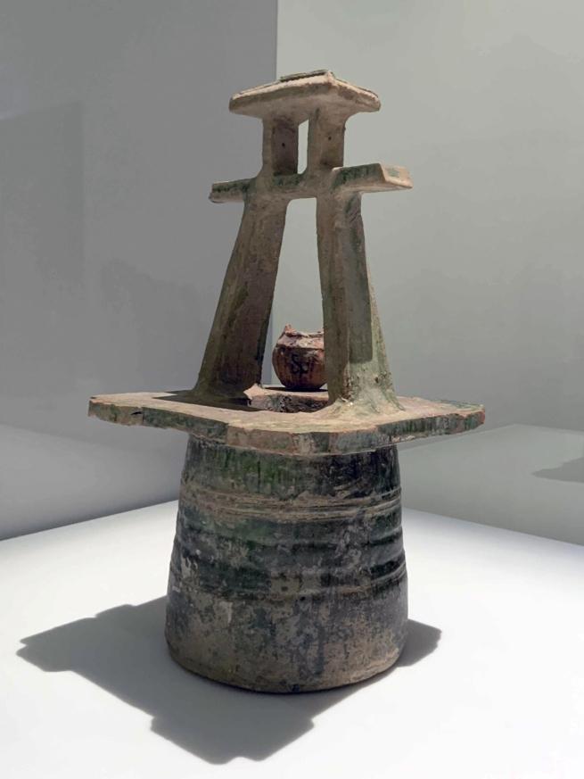 Wellhead 绿釉陶井 Han dynasty, 207 BCE - 220 CE