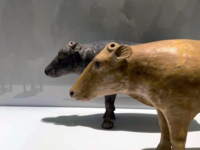 Cow 陶牛 Western Han dynasty, 207 BCE - 9 CE