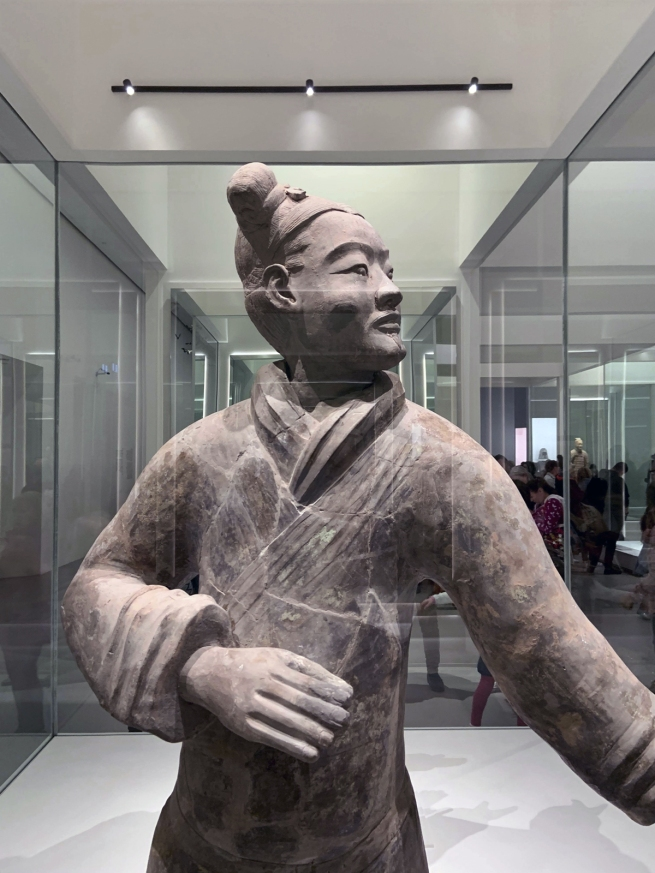 Standing archer 立射俑 Qin dynasty, 221 - 207 BCE