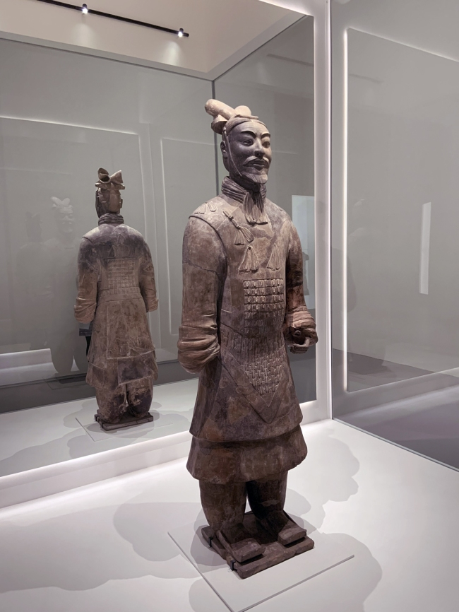 Armoured general 铠甲将军俑 Qin dynasty, 221 - 207 BCE
