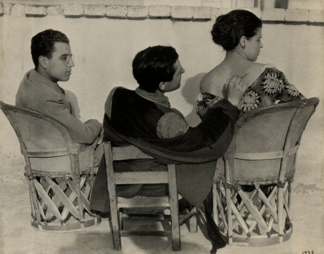 Edward Weston. 'Dr. Federico Marín, Jean Charlot, and Tina Modotti' 1925