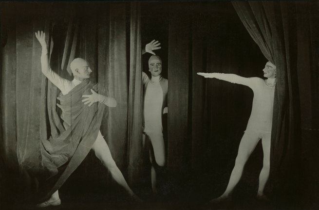 Erich Consemüller. 'Bauhaus Stage Dessau: 'Curtain Play' by Oskar Schlemmer with the dancer and pantomime Werner Siedhoff' 1927