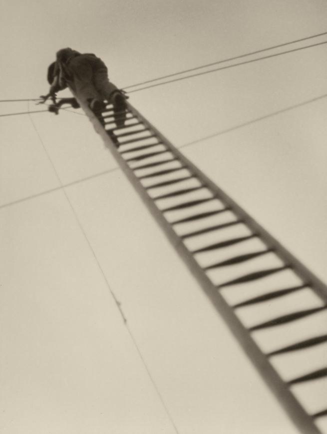 Aenne Biermann (1898-1933) 'Repair' 1930/31
