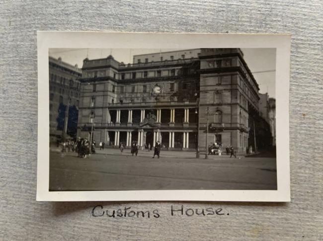 """Customs House,"" Sydney, 1923 in John ""Jack"" Riverstone Faviell 1922-1933 photo album"