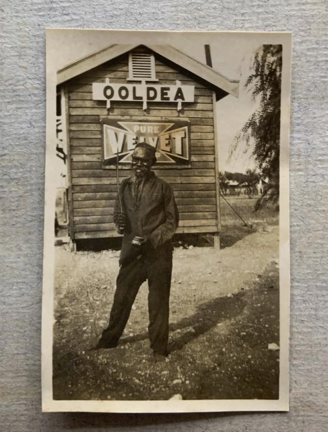 """""""Ooldea,"""" 1923 in John """"Jack"""" Riverstone Faviell 1922-1933 photo album"""