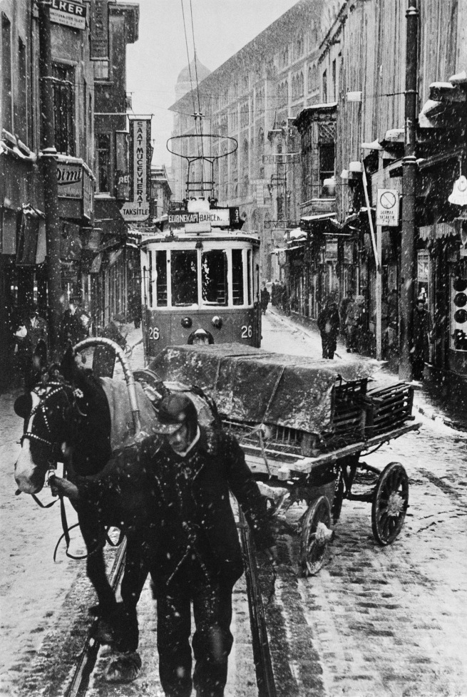 Ara Güler (Turkish, 1928-2018) 'Sirkeci' 1956