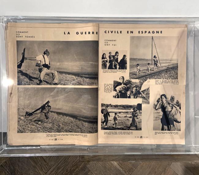 """La Guerre Civile en Espagne,' in Vu Magazine No. 445 September 23, 1936"