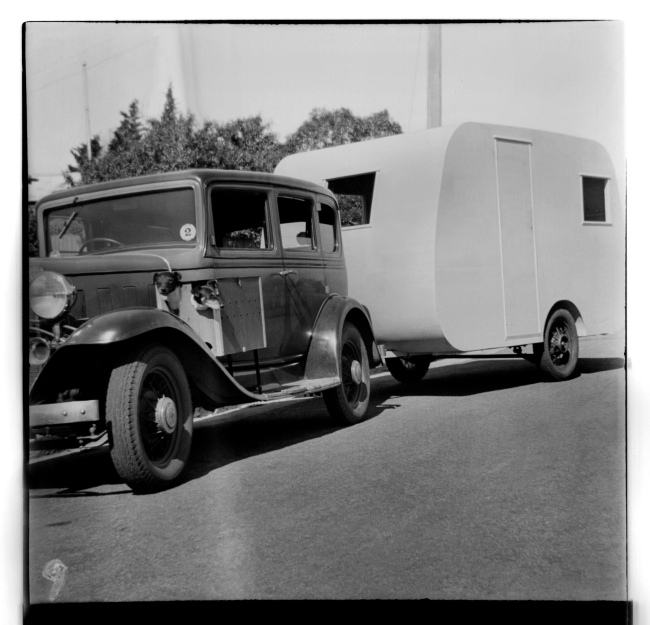 Unknown photographer (Australian) 'Untitled (1932 Chevrolet and caravan)' 1946-47