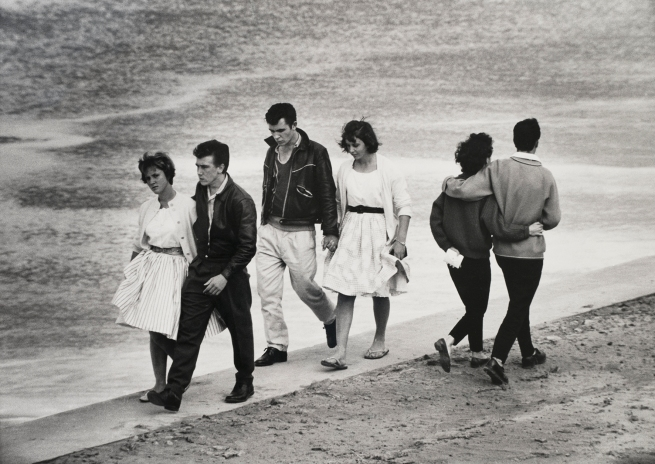 Jeff Carter. 'Saturday arvo, Cronulla Beach' 1960