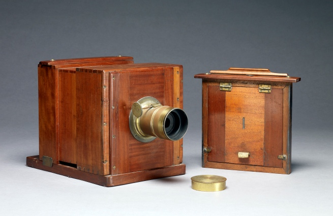 Unknown maker (French) 'Daguerreotype/Wet-plate Camera' c. 1851
