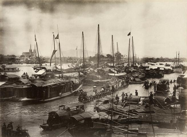 Lai Fong (Chinese, 1839-1890) 'Dragon Boat Race, Guangzhou' 1870s