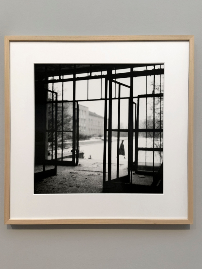 Photograph from the exhibition 'Benjamin Katz Berlin Havelhöhe, 1960/61' (installation view)