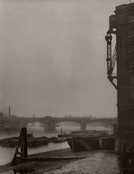 E. O. Hoppé (British, born Germany 1878-1972) 'London Bridge, London' 1926