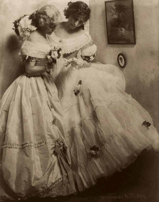 Gertrude Käsebier (American, 1852-1934) 'The Letter' 1906