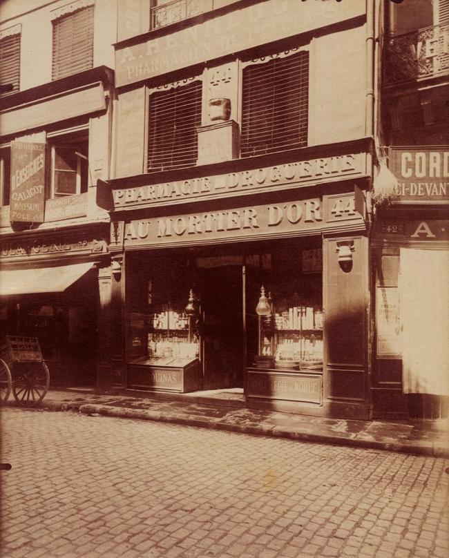 Eugène Atget (French, 1857-1927) 'Rue des Lombards, Paris' 1910