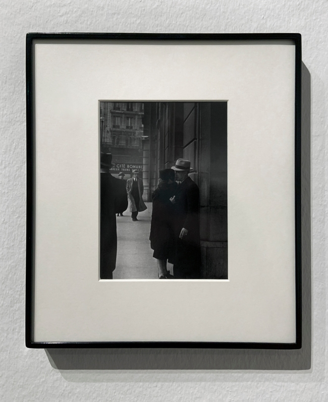 99-1984) 'Lovers at the gare Saint Lazare' c. 1937 (installation view)