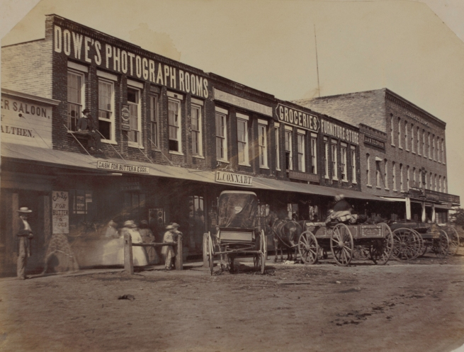 Lewis Dowe (American, active 1860s-1880s) '[Dowe's Photograph Rooms, Sycamore, Illinois]' 1860s