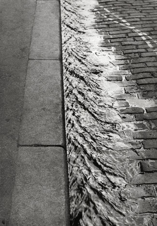 André Kertész (Hungarian, 1894-1985) 'Trottoir, Paris' 'Sidewalk, Paris' 1929