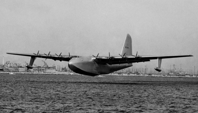 "'H-4 Hercules ""Spruce Goose"" on its only flight' November 2, 1947"